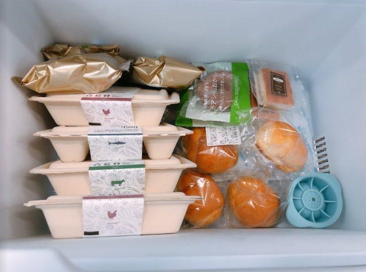 ナッシュの商品を冷凍庫に収納